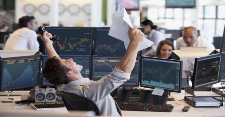 تریدینگ ارزهای دیجیتال کریپتوکارنسی معامله درآمد دلاری بلاکچین بیتکوین سیگنال آموزش